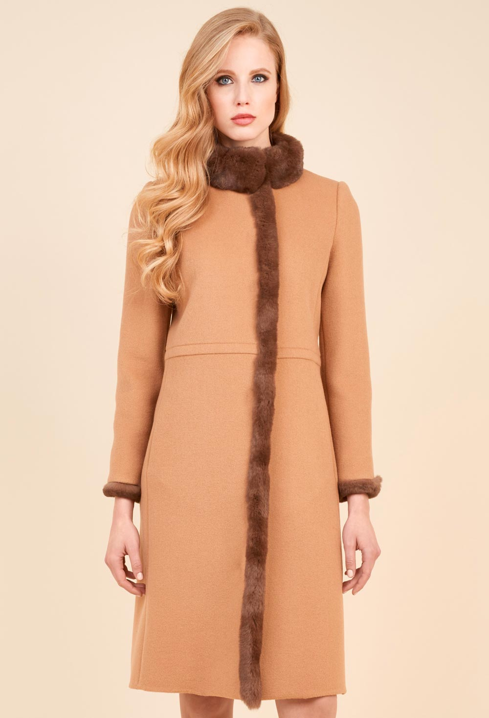 Coat with inserts in Spanish luisa leather
