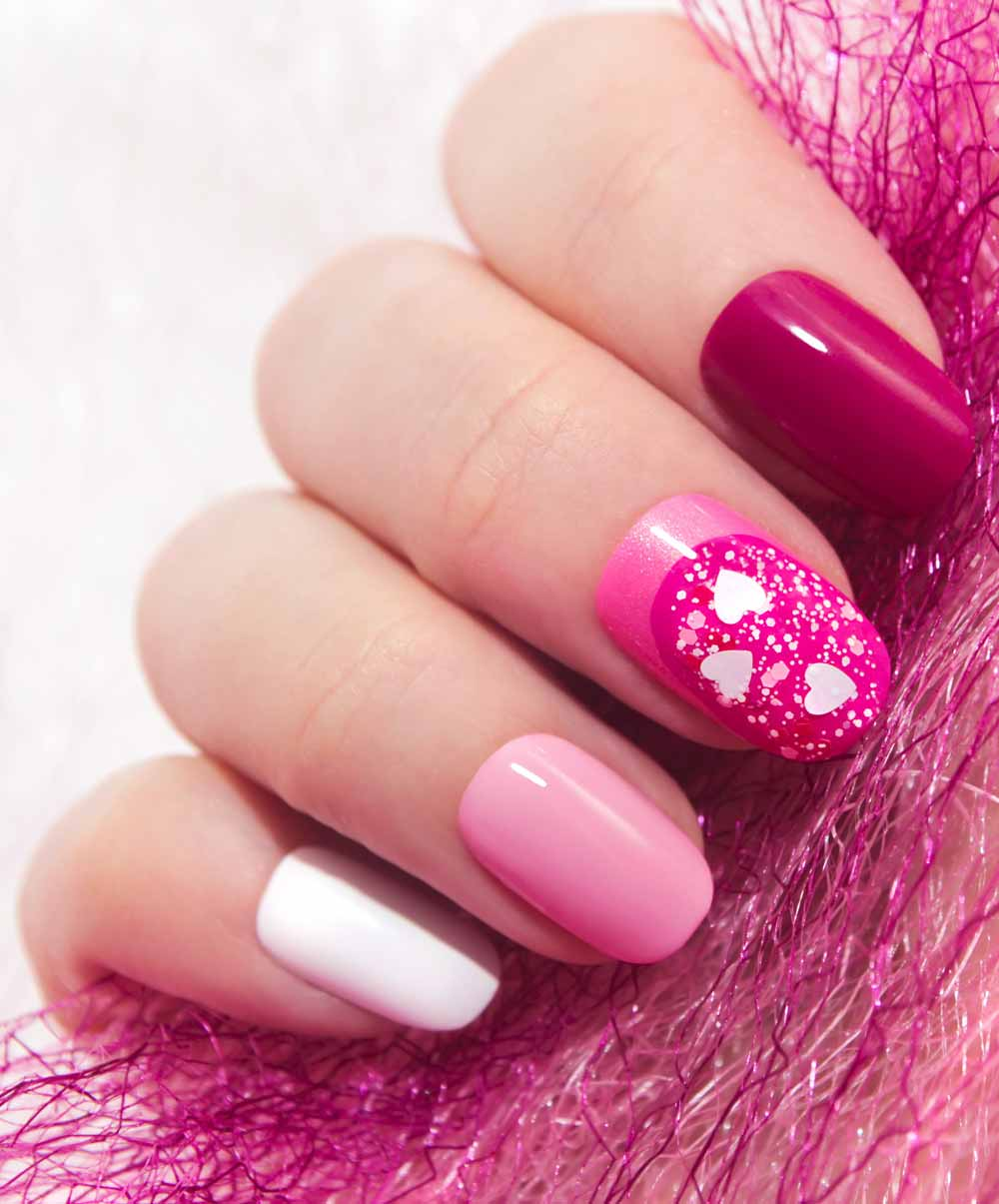 Valentine's day nail art fuchsia heart