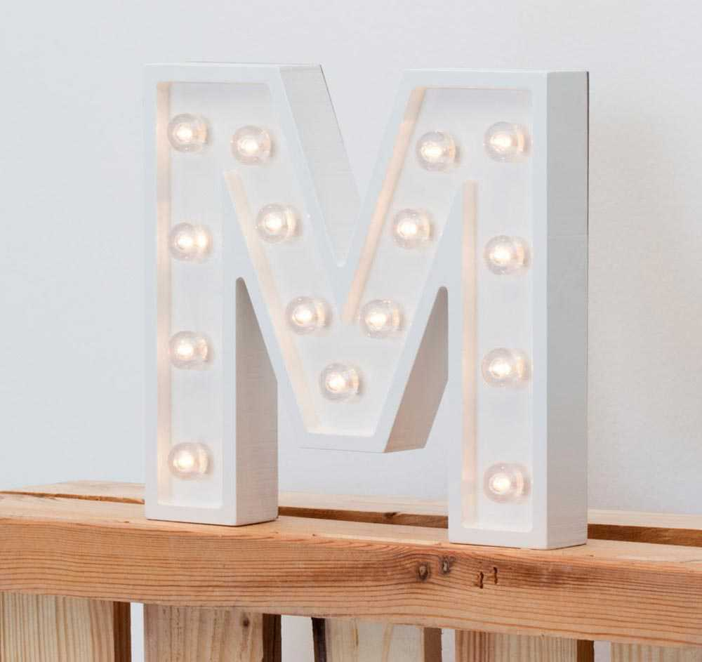 Stradivarius Letters with lights
