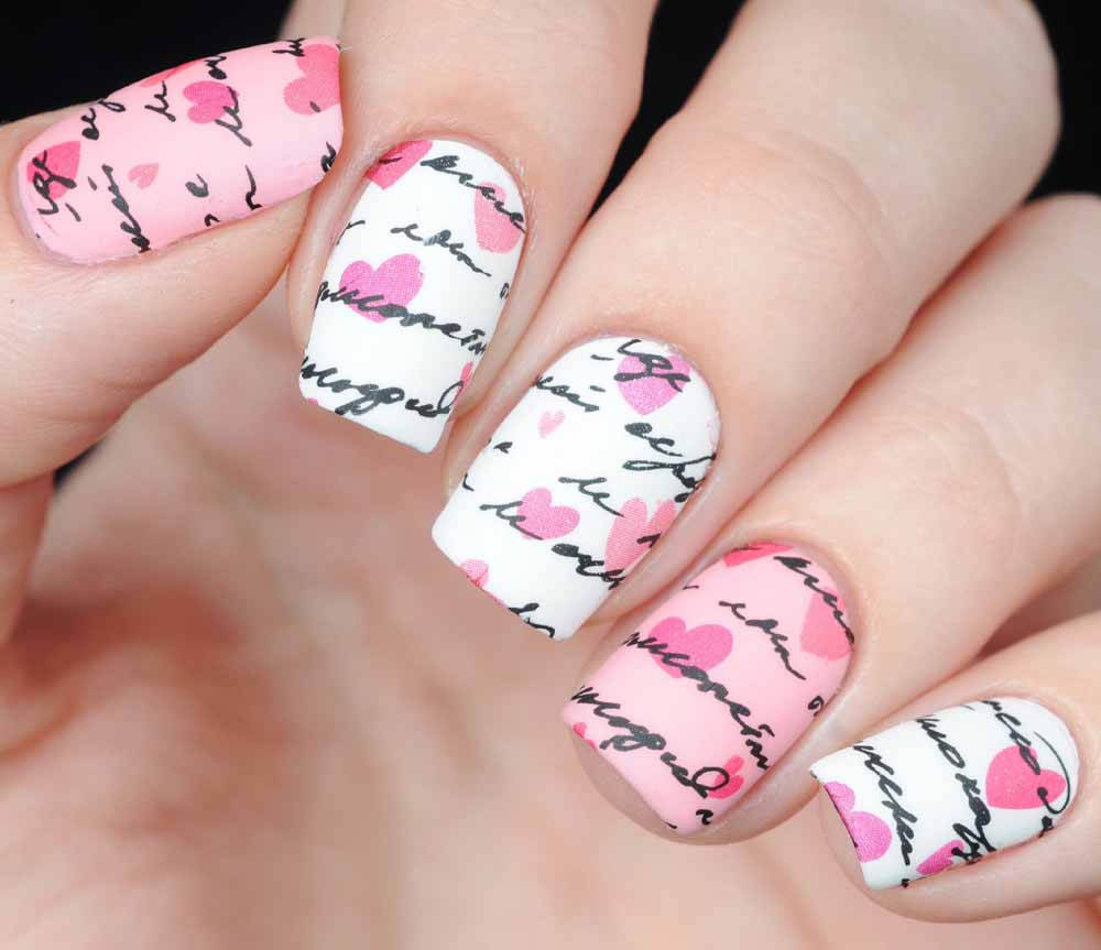 text Nail art Valentine