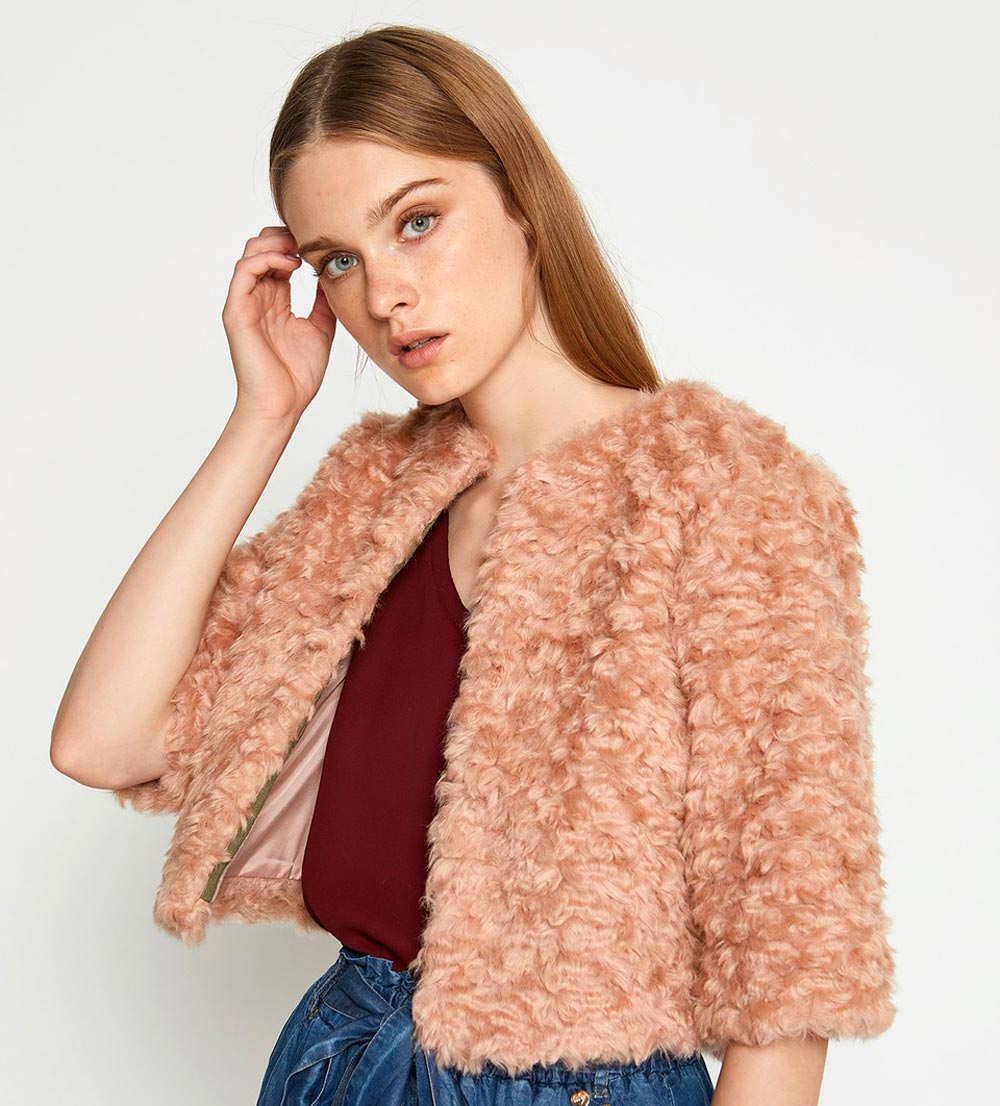 Motif jacket in faux fur