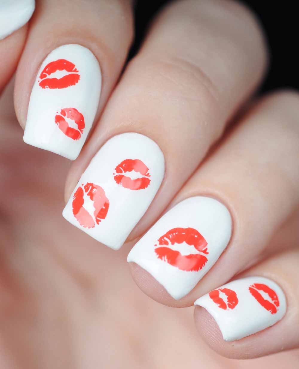 Valentine's Day nail art 2018