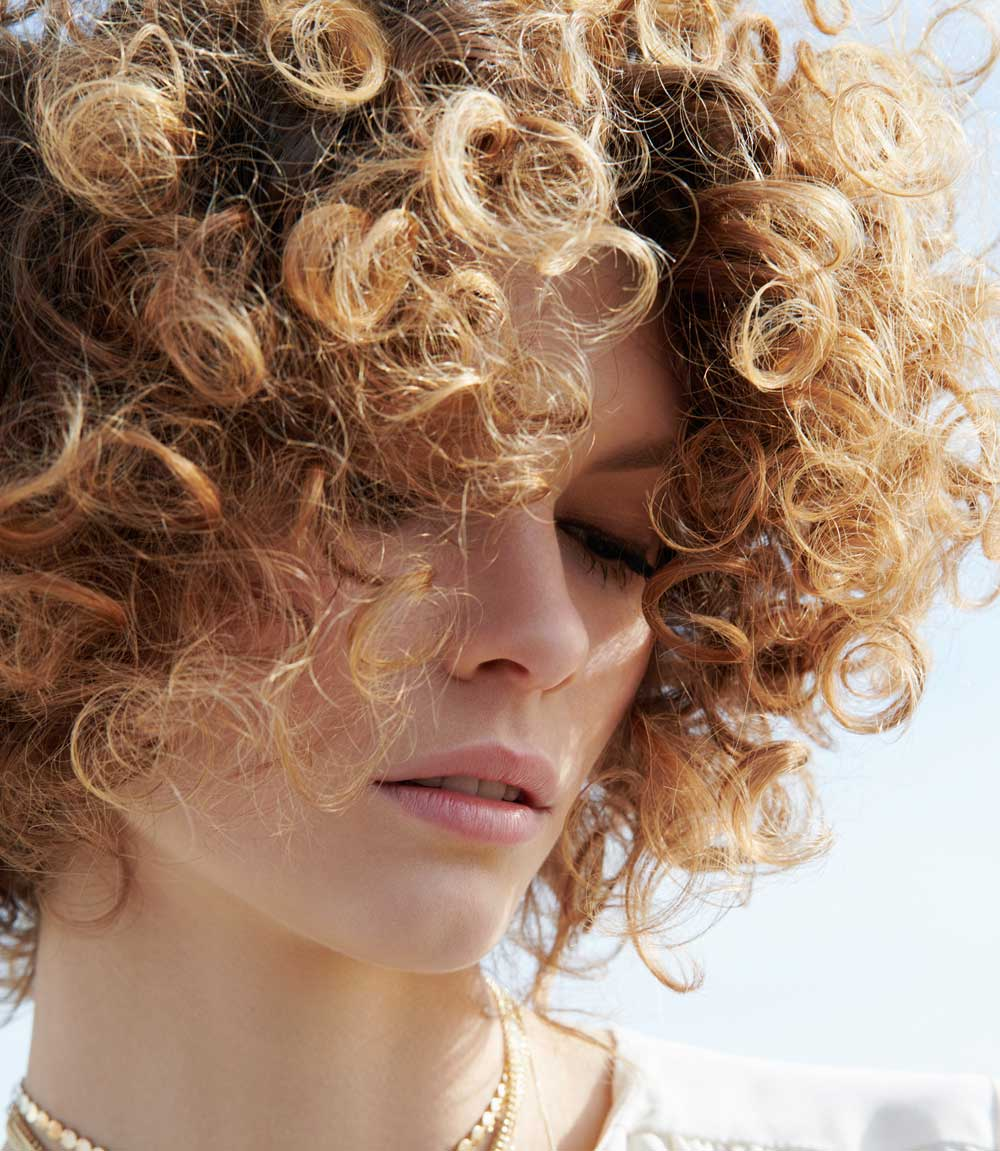 Short curly hair scaled