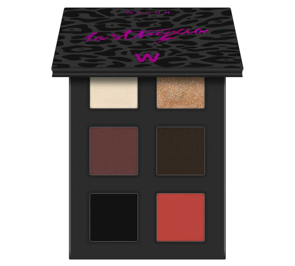 WYCON The Stryxia makeup collection for a disco look