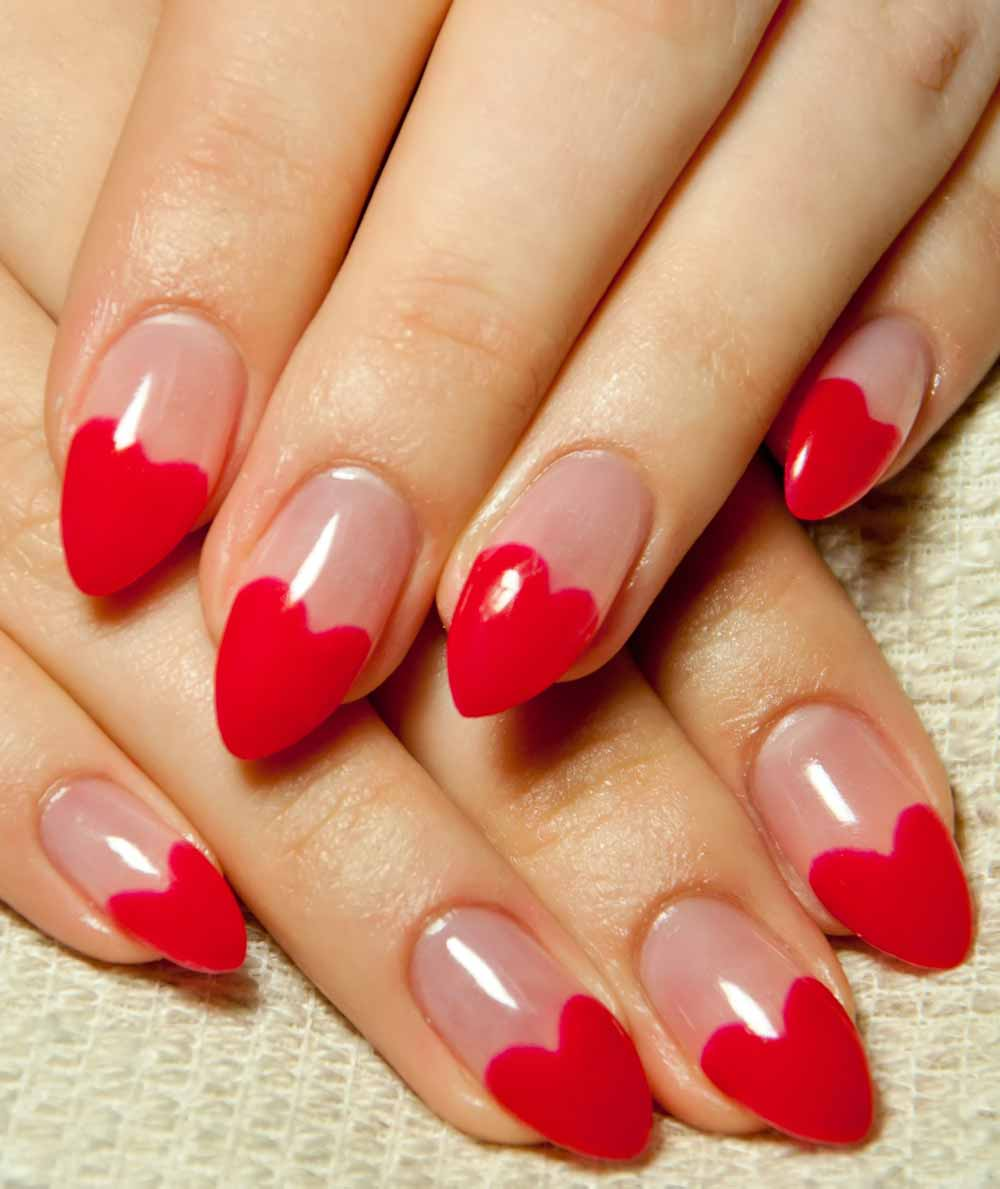 Valentine's day nail art red hearts
