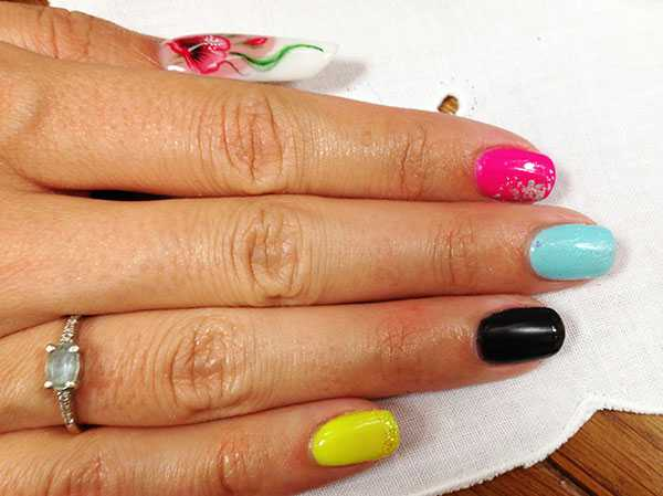 Trebosi event: nail reconstruction, enamels and courses