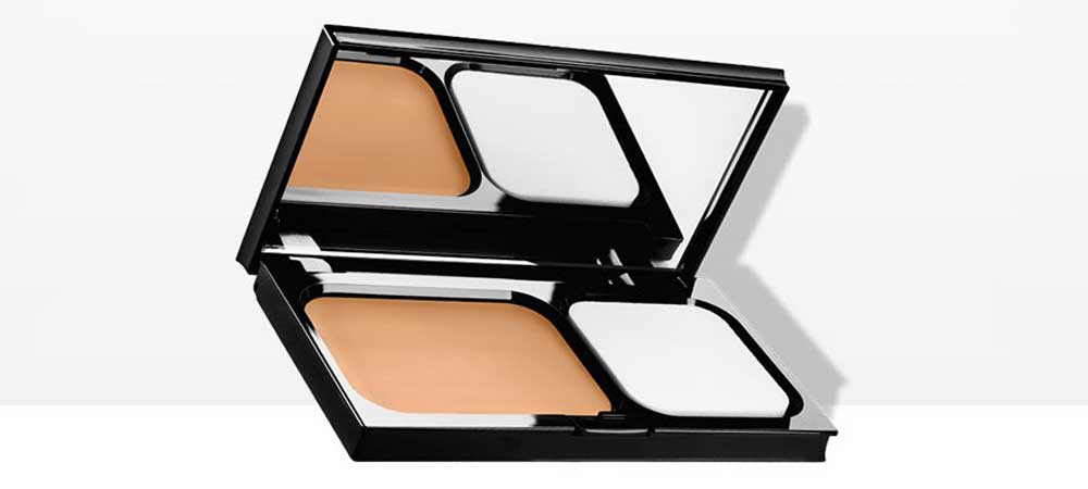 Dermablend Foundation in compact cream Corrector