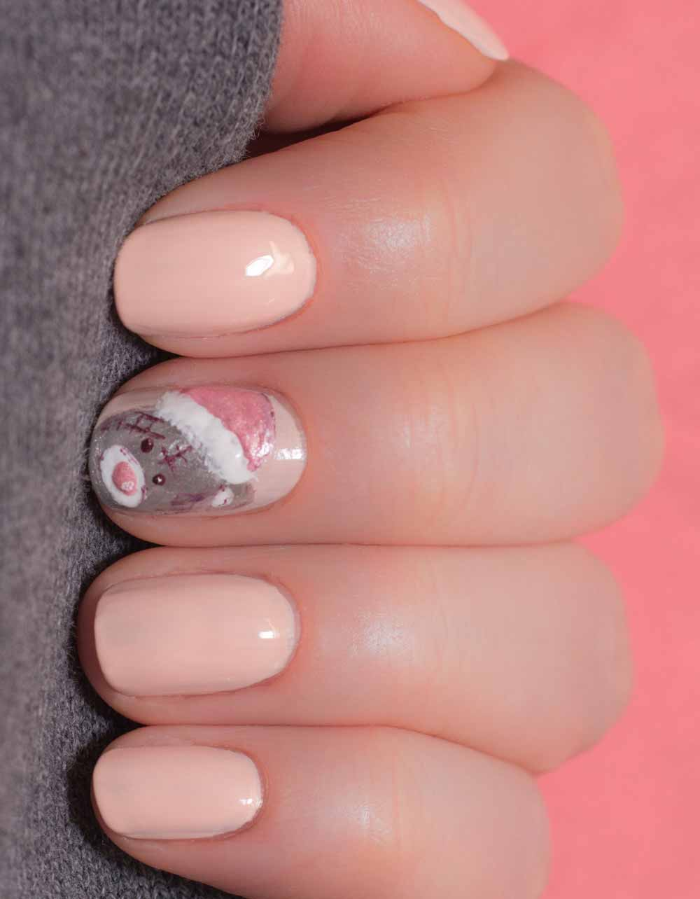 Valentine's day bear art nail