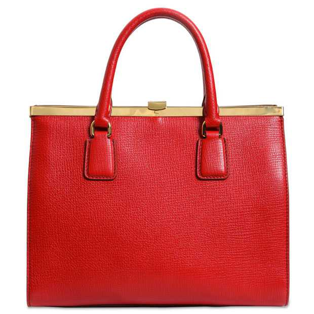 Christmas red bags 2014: 10 most desired models
