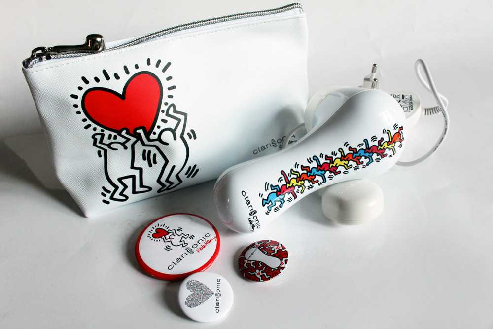 Clarisonic Keith Haring limited edition Christmas 2015