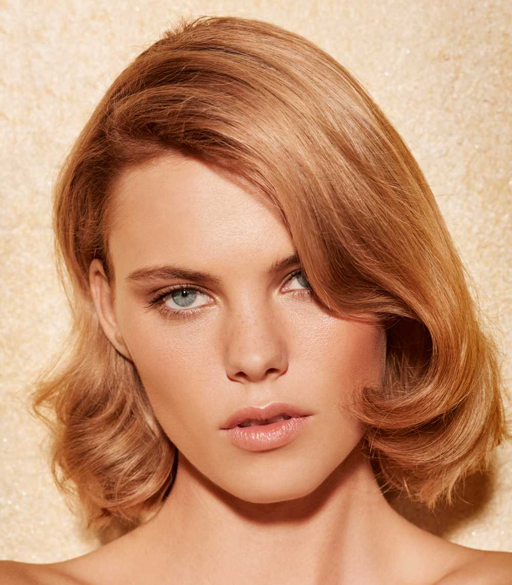 Smooth scaled blonde hair