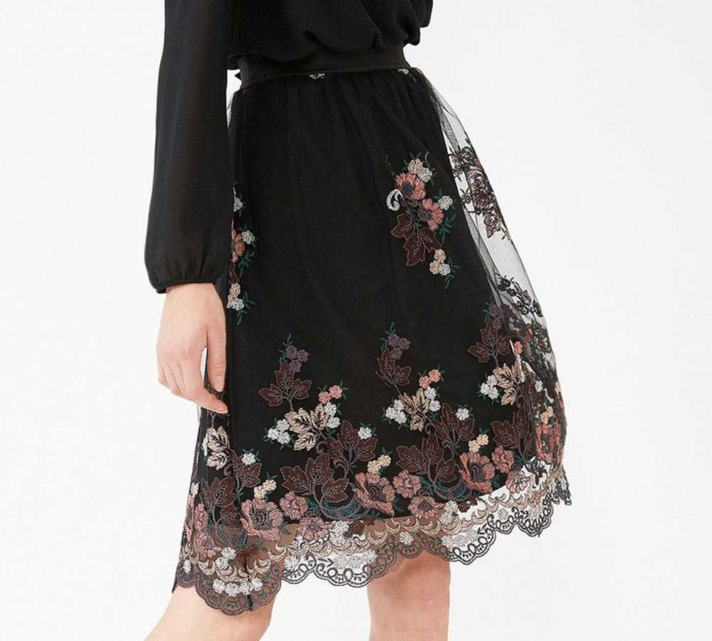 Winter motif skirts 2018
