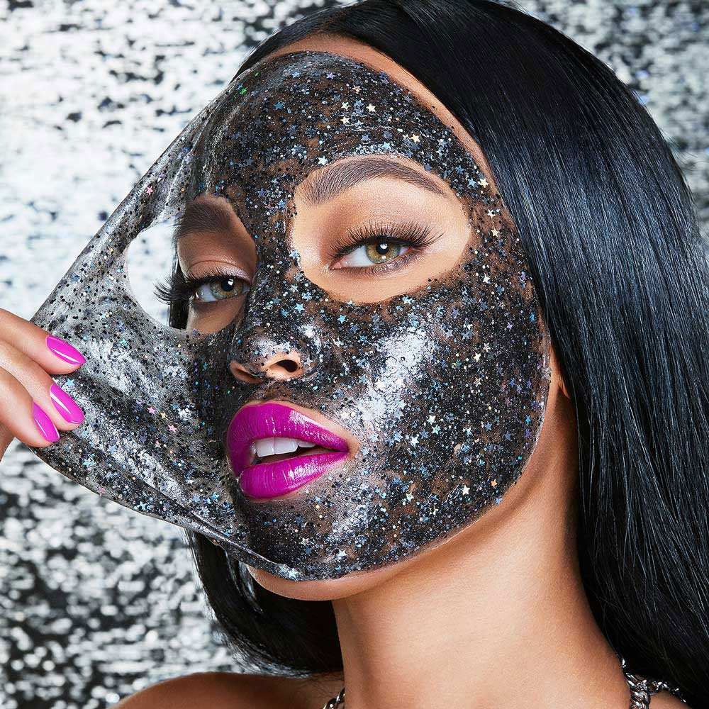 GlamGlow #GlitterMask face mask with glitter and stars