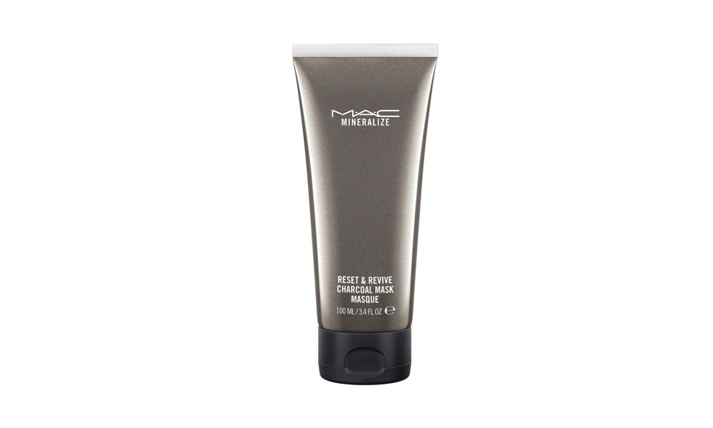 MAC Mineralize Total Detox: plant-based purifying products