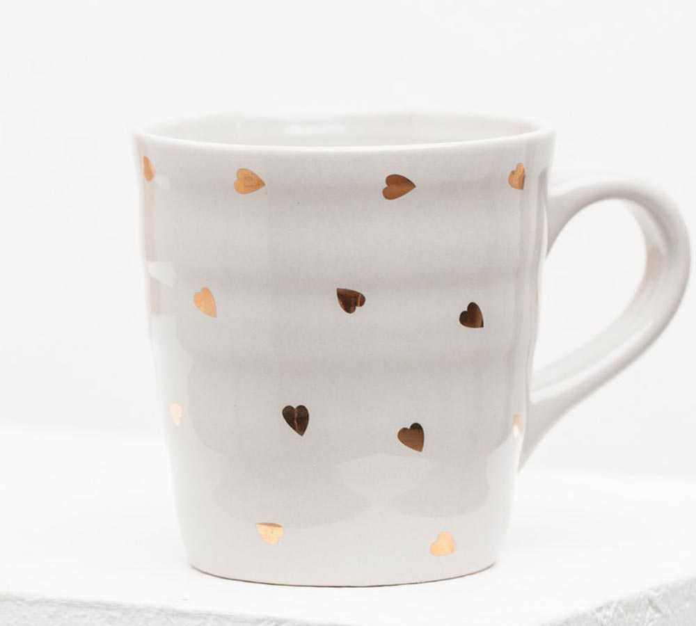 Stradivarius cup with gold hearts