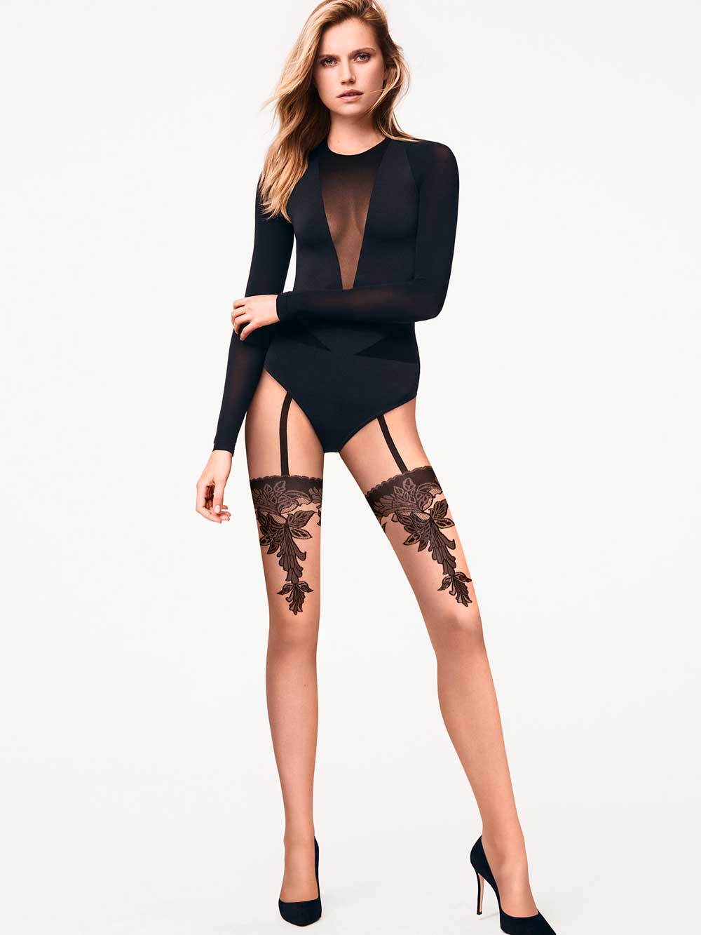 pantyhose with natal designs