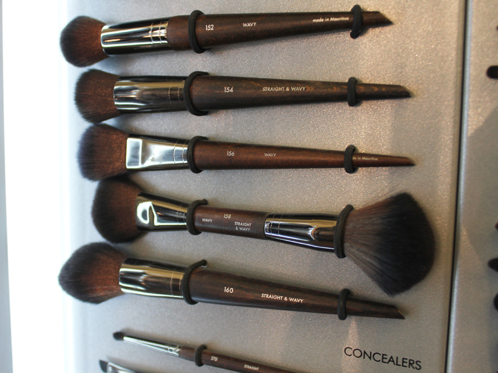 Make Up For Ever The Make Up: all products for Contouring