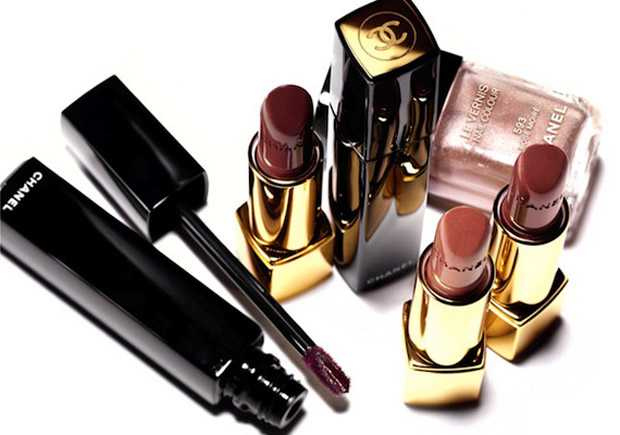 gloss controversy Chanel Moire Le Rouge