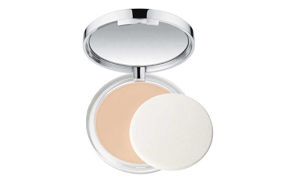 Clinique Beyound Perfecting Powder foundation + concealer